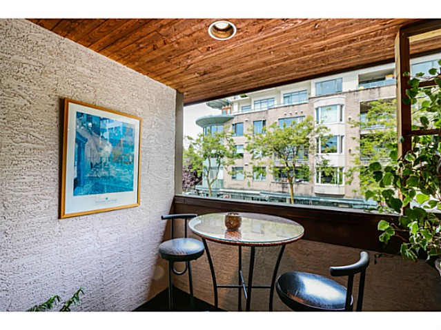 "Photo 18: 1724 CYPRESS Street in Vancouver: Kitsilano Townhouse for sale in ""CYPRESS MEWS"" (Vancouver West)  : MLS(r) # V1083303"