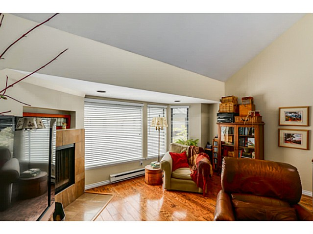 "Photo 4: 1724 CYPRESS Street in Vancouver: Kitsilano Townhouse for sale in ""CYPRESS MEWS"" (Vancouver West)  : MLS(r) # V1083303"