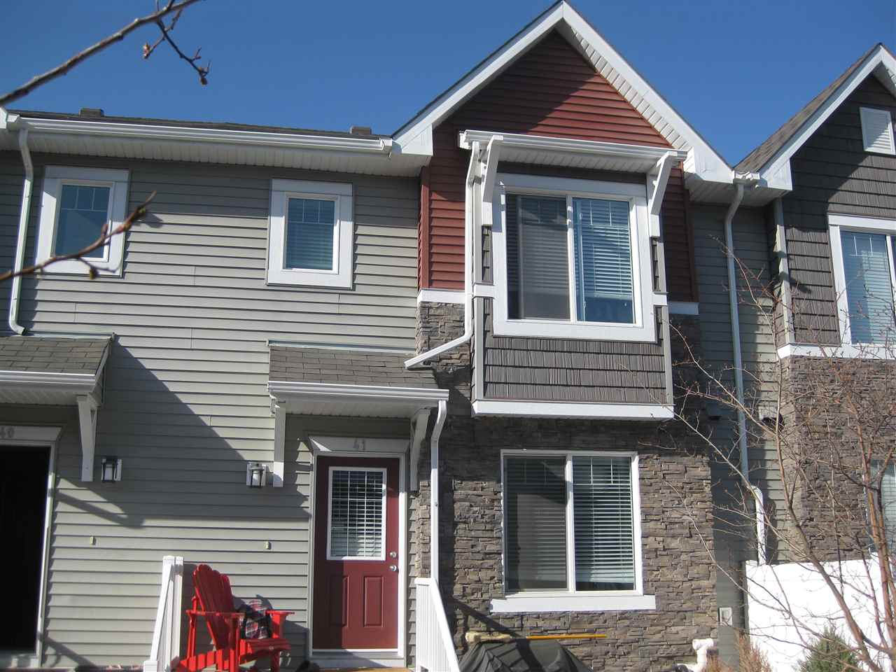 Main Photo: #41 3625 144 AV NW in Edmonton: Zone 35 Townhouse for sale : MLS(r) # E4016087