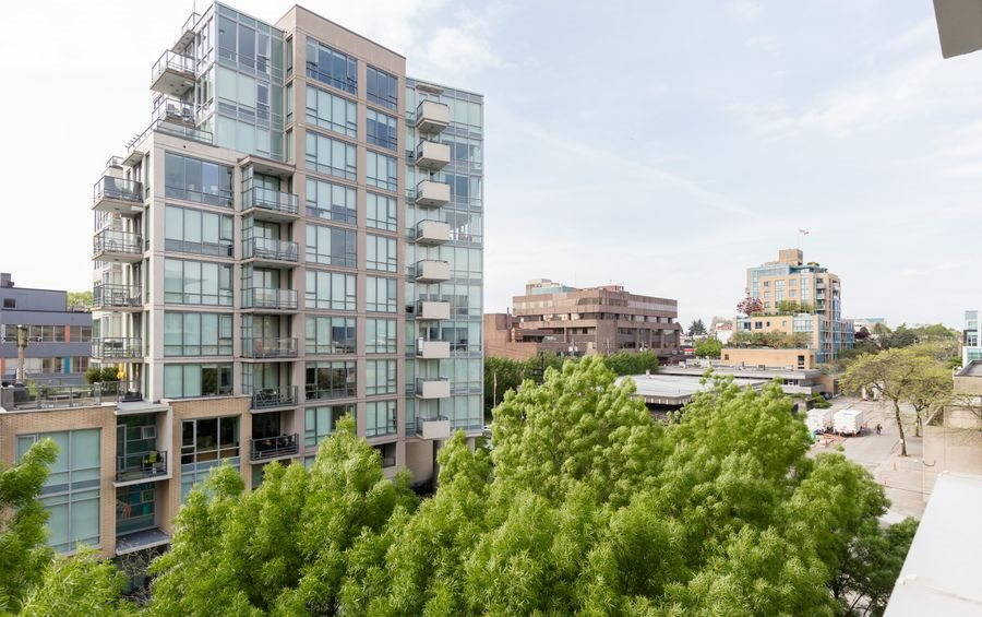 Main Photo: 505 1675 W 8TH AVENUE in Vancouver: Fairview VW Condo for sale (Vancouver West)  : MLS® # R2061702
