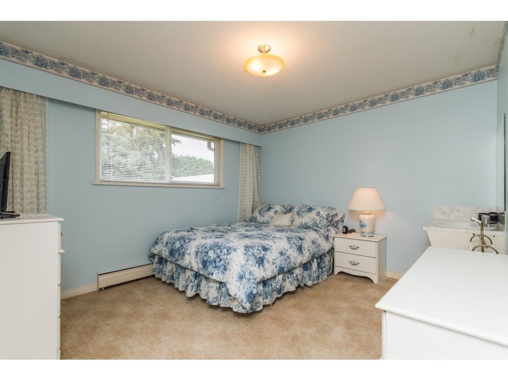 Photo 12: 24810 40TH AVENUE in Langley: Salmon River House for sale : MLS(r) # R2088309