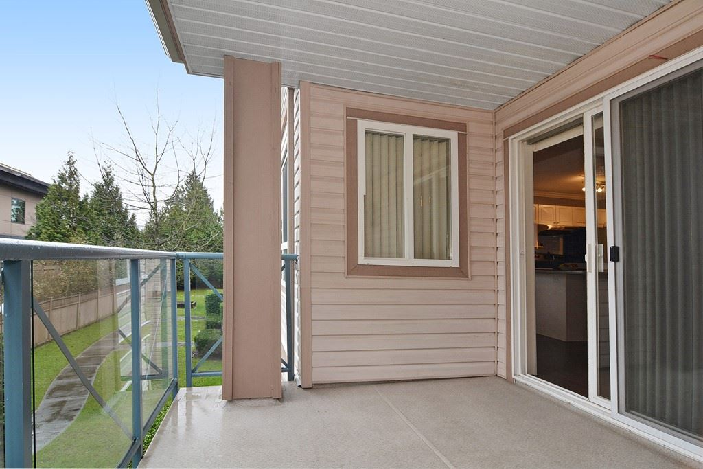 Photo 17: 226 22150 48 AVENUE in Langley: Murrayville Condo for sale : MLS® # R2130176