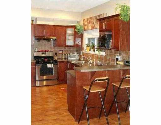 "Photo 3: 5999 ANDREWS Road in Richmond: Steveston South Townhouse for sale in ""RIVER WIND"" : MLS® # V628348"