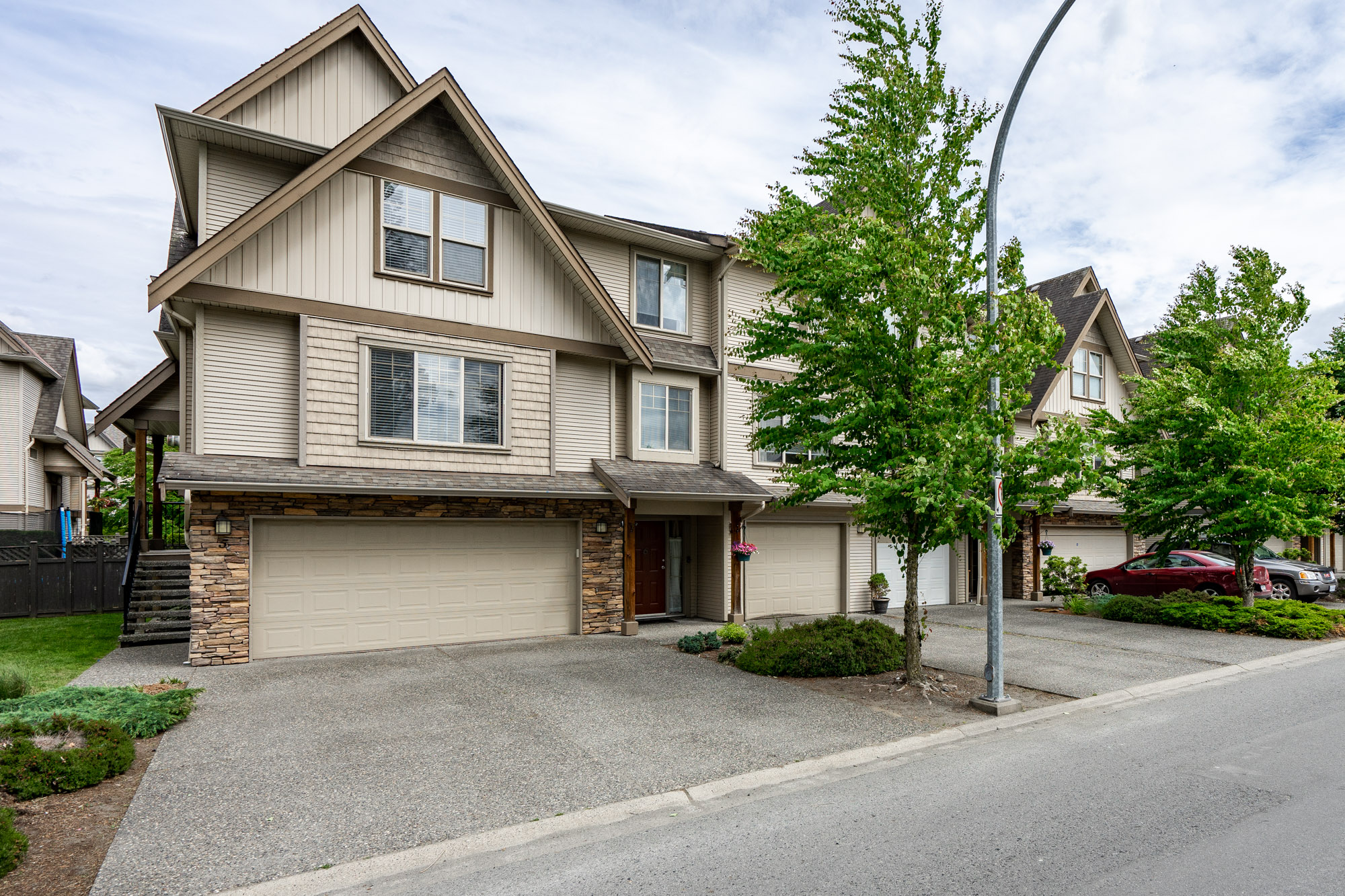 Main Photo: 5 5556 PEACH ROAD in Sardis: Vedder S Watson-Promontory Townhouse for sale : MLS®# R2274572