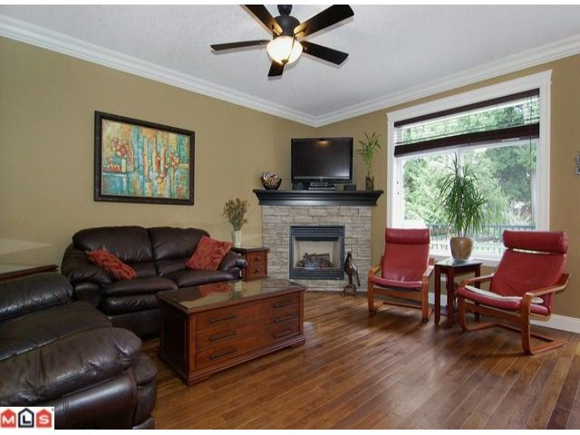 Photo 2: 36547 LESTER PEARSON Way in Abbotsford: Abbotsford East House for sale : MLS(r) # F1206962