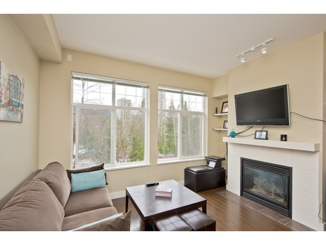 "Main Photo: 108 3260 ST JOHNS Street in Port Moody: Port Moody Centre Condo for sale in ""THE SQUARE"" : MLS® # V974508"
