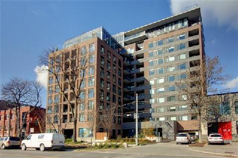 Main Photo: 400 Wellington St Unit #1004 in Toronto: Waterfront Communities C1 Condo for sale (Toronto C01)  : MLS(r) # C3069619