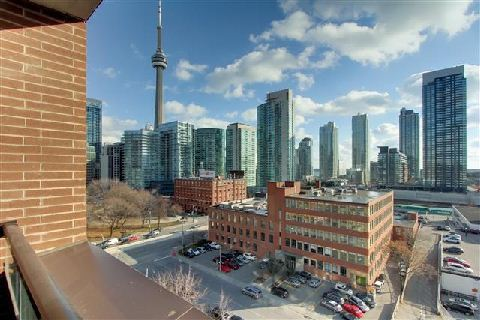 Photo 6: 400 Wellington St Unit #1004 in Toronto: Waterfront Communities C1 Condo for sale (Toronto C01)  : MLS(r) # C3069619