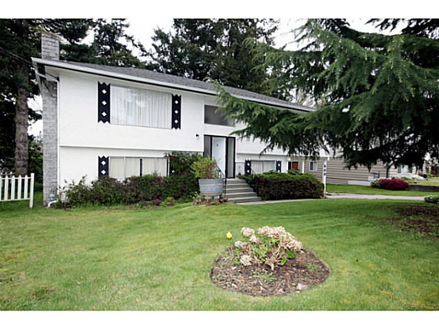 "Main Photo: 500 55TH Street in Tsawwassen: Pebble Hill House for sale in ""PEBBLE HILL"" : MLS®# V1000254"