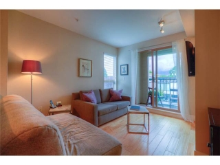 "Main Photo: # 301 688 E 16TH AV in Vancouver: Fraser VE Condo for sale in ""VINTAGE EAST SIDE"" (Vancouver East)  : MLS®# V1025204"