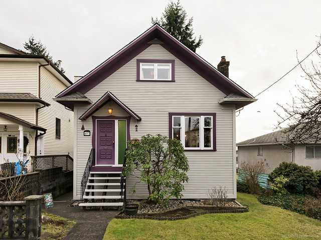 Main Photo: 457 E 11TH ST in North Vancouver: Central Lonsdale House for sale : MLS®# V1042227
