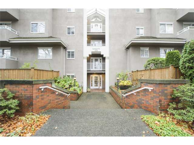 Main Photo: # 202 526 W 13TH AV in Vancouver: Fairview VW Condo for sale (Vancouver West)  : MLS® # V1094742
