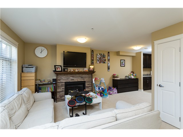 Photo 18: # 3 12585 190A ST in Pitt Meadows: Mid Meadows Condo for sale : MLS(r) # V1120920