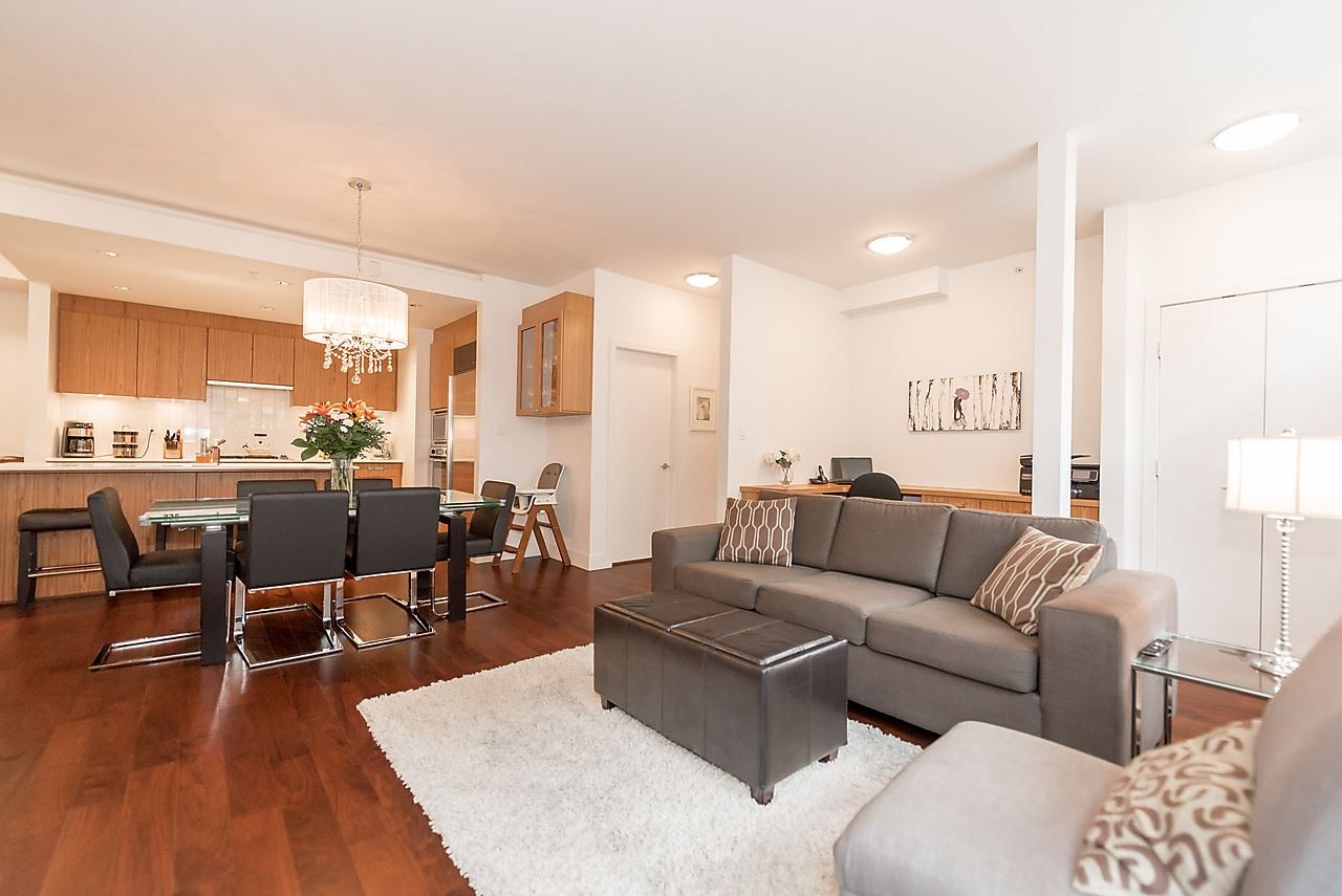 Photo 5: 105 1675 W 8TH AVENUE in Vancouver: Fairview VW Townhouse for sale (Vancouver West)  : MLS(r) # R2010745