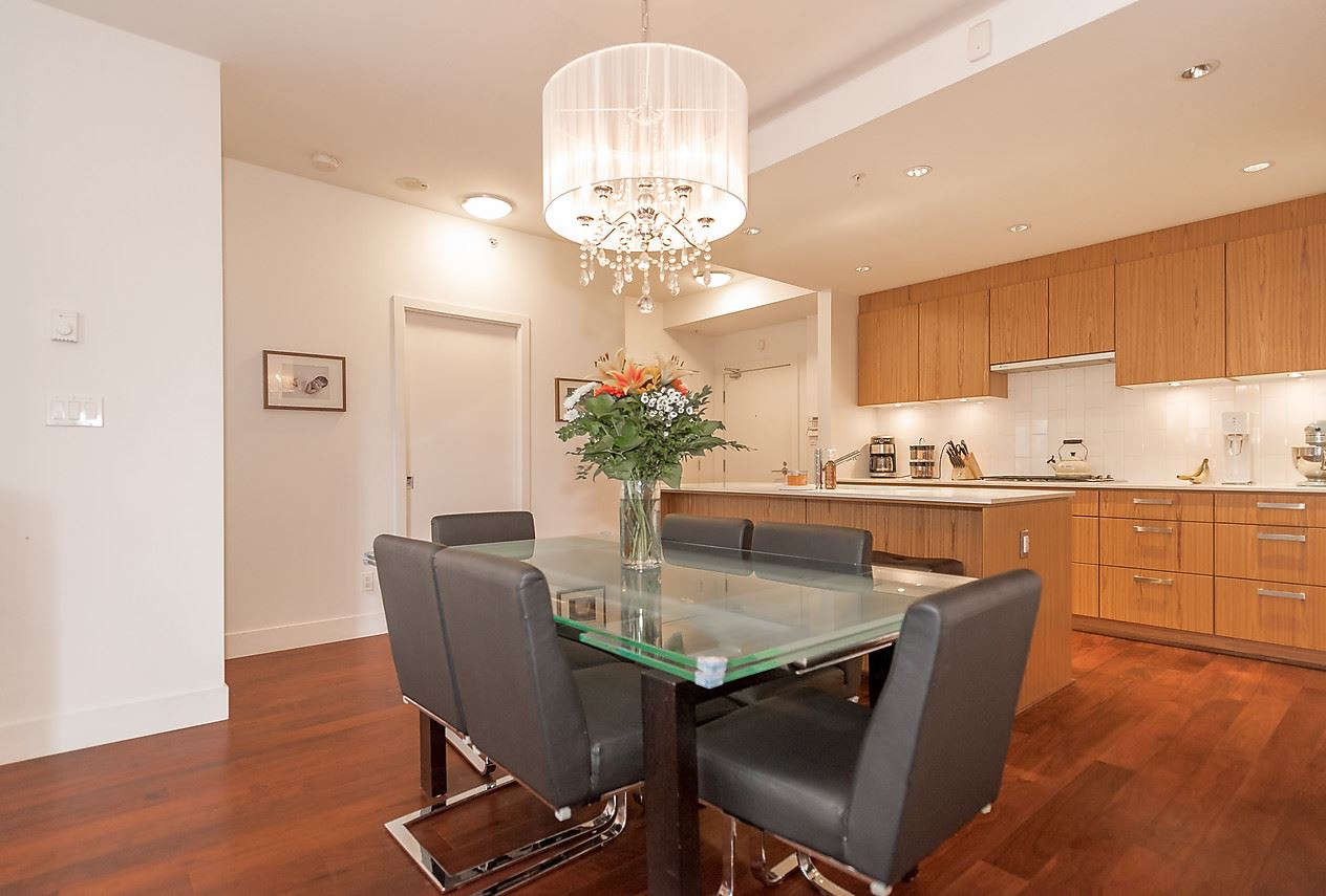 Photo 7: 105 1675 W 8TH AVENUE in Vancouver: Fairview VW Townhouse for sale (Vancouver West)  : MLS(r) # R2010745