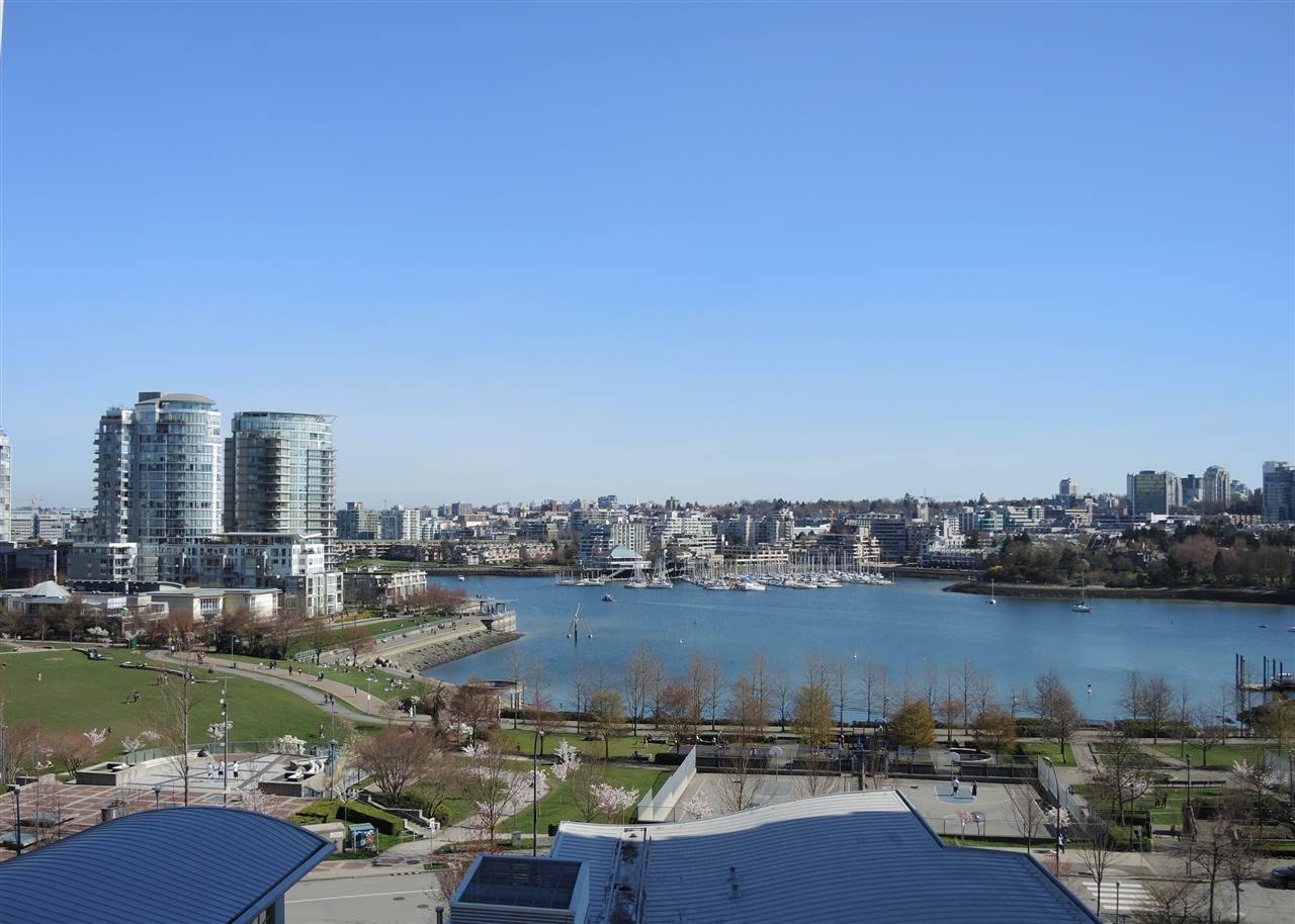 Main Photo: 902 1408 STRATHMORE MEWS in Vancouver: Yaletown Condo for sale (Vancouver West)  : MLS® # R2011692