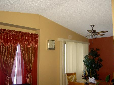 Photo 2: 45 Kinver: Residential for sale (Tyndall Park)  : MLS(r) # 2702723
