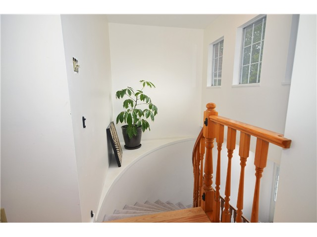 "Photo 12: 878 E 23RD AV in Vancouver: Fraser VE House for sale in ""CEDAR COTTAGE"" (Vancouver East)  : MLS(r) # V1022949"