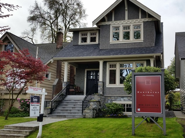 Main Photo: 3562 W 13TH Avenue in Vancouver: Kitsilano House for sale (Vancouver West)  : MLS® # V1075426