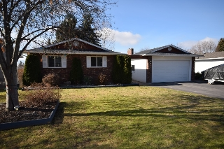 Main Photo: 2566 Packers Road in Kelowna: South East Kelowna House for sale (Central Okanagan)  : MLS(r) # 9104415
