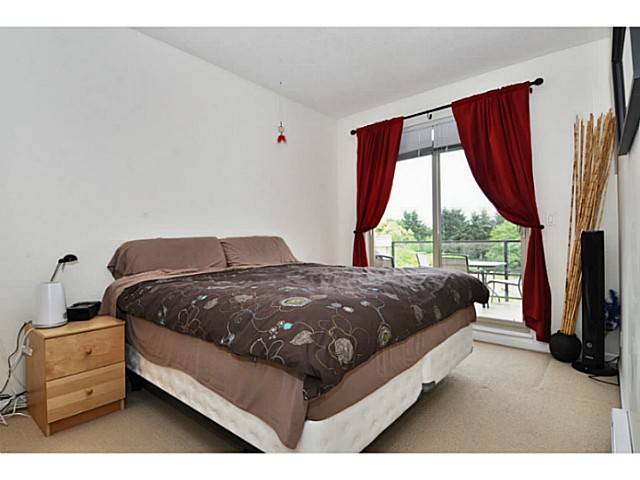 Photo 2: 310 270 Francis Way in New Westminster: Fraserview NW Condo for sale : MLS® # V985581