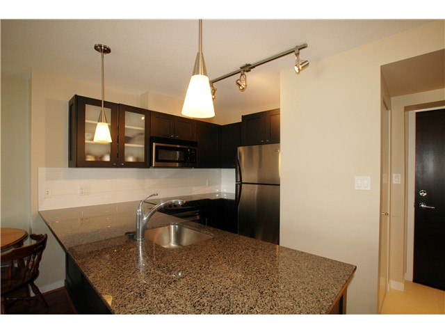 "Main Photo: 802 7225 ACORN Avenue in Burnaby: Highgate Condo for sale in ""AXIS"" (Burnaby South)  : MLS(r) # V992494"