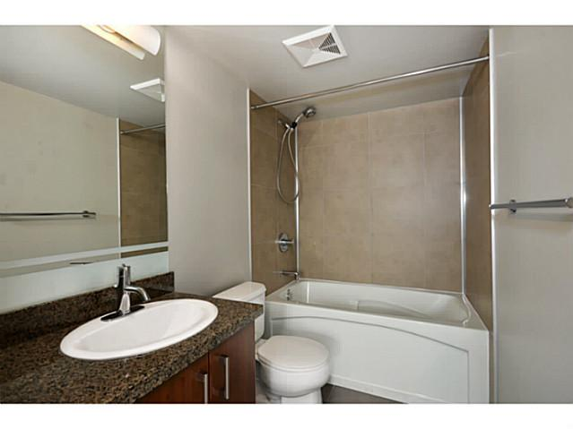 "Photo 7: 705 587 W 7TH Avenue in Vancouver: Fairview VW Condo for sale in ""AFFINITI"" (Vancouver West)  : MLS(r) # V999925"