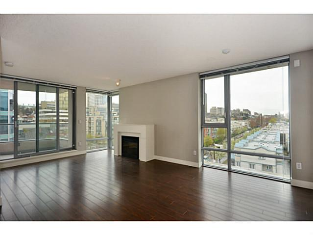 "Photo 2: 705 587 W 7TH Avenue in Vancouver: Fairview VW Condo for sale in ""AFFINITI"" (Vancouver West)  : MLS® # V999925"