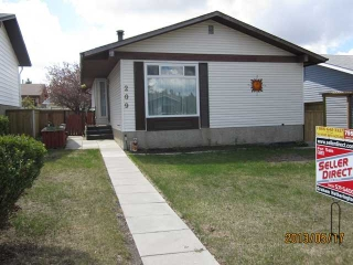 Main Photo: 209 ACACIA Crescent SE: Airdrie House for sale : MLS(r) # C3568846