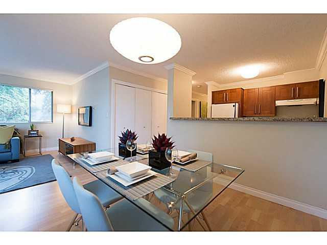 Photo 3: # 307 1508 MARINER WK in Vancouver: False Creek Condo for sale (Vancouver West)  : MLS(r) # V1025124