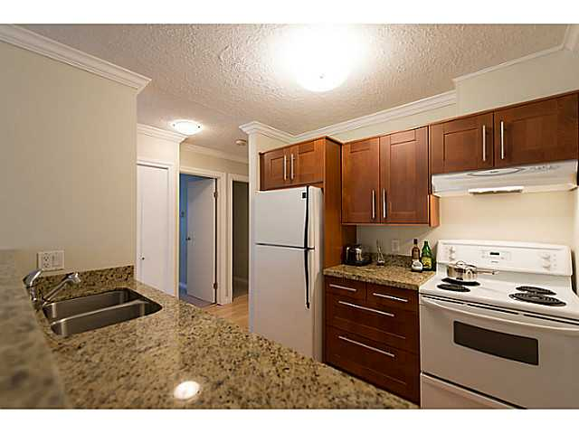 Photo 4: # 307 1508 MARINER WK in Vancouver: False Creek Condo for sale (Vancouver West)  : MLS(r) # V1025124