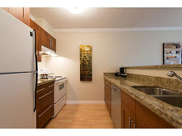 Photo 5: # 307 1508 MARINER WK in Vancouver: False Creek Condo for sale (Vancouver West)  : MLS(r) # V1025124