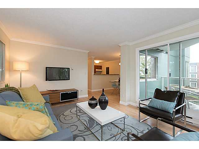 Photo 2: # 307 1508 MARINER WK in Vancouver: False Creek Condo for sale (Vancouver West)  : MLS(r) # V1025124