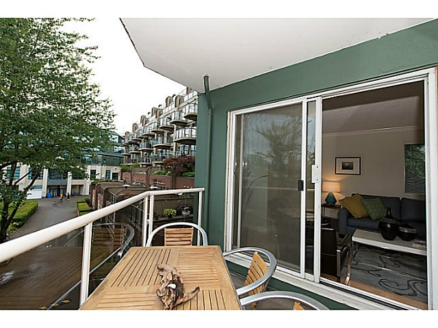 Photo 11: # 307 1508 MARINER WK in Vancouver: False Creek Condo for sale (Vancouver West)  : MLS(r) # V1025124