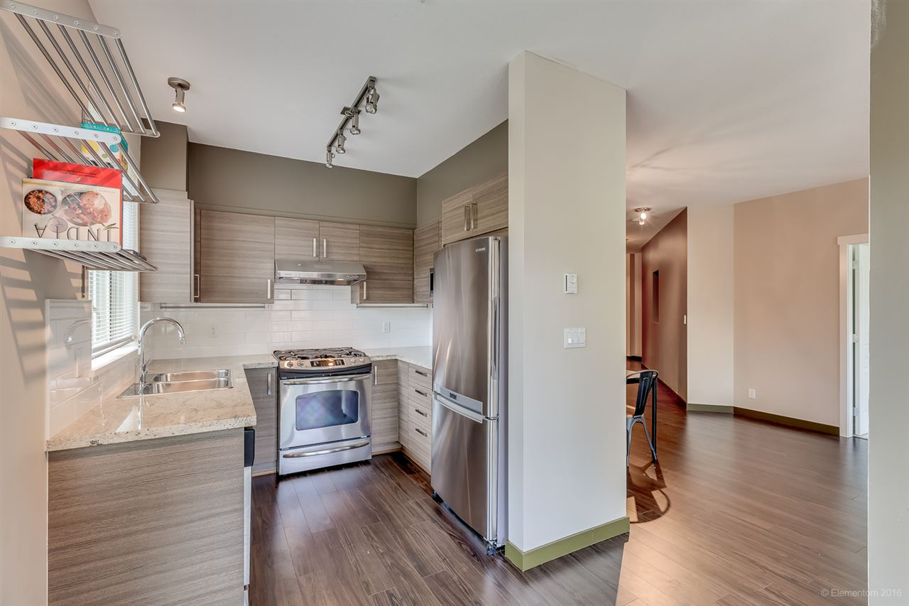 Photo 4: 314 1153 KENSAL PLACE in Coquitlam: New Horizons Condo for sale : MLS® # R2101554