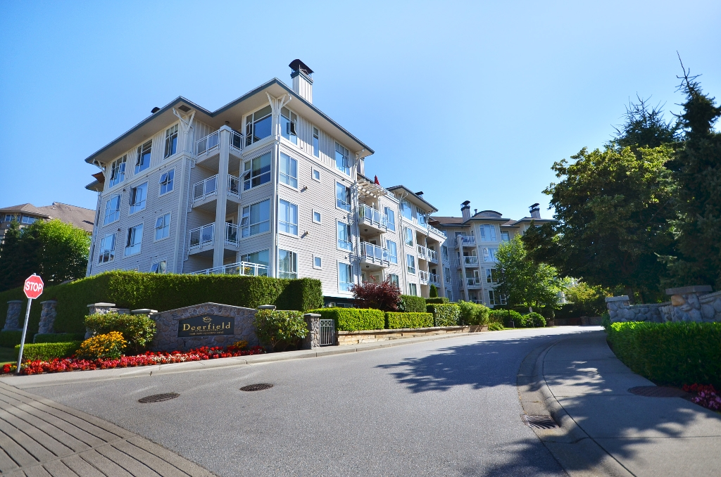 Photo 2: Photos: 201 3608 DEERCREST Drive in North Vancouver: Roche Point Condo for sale : MLS®# V966966