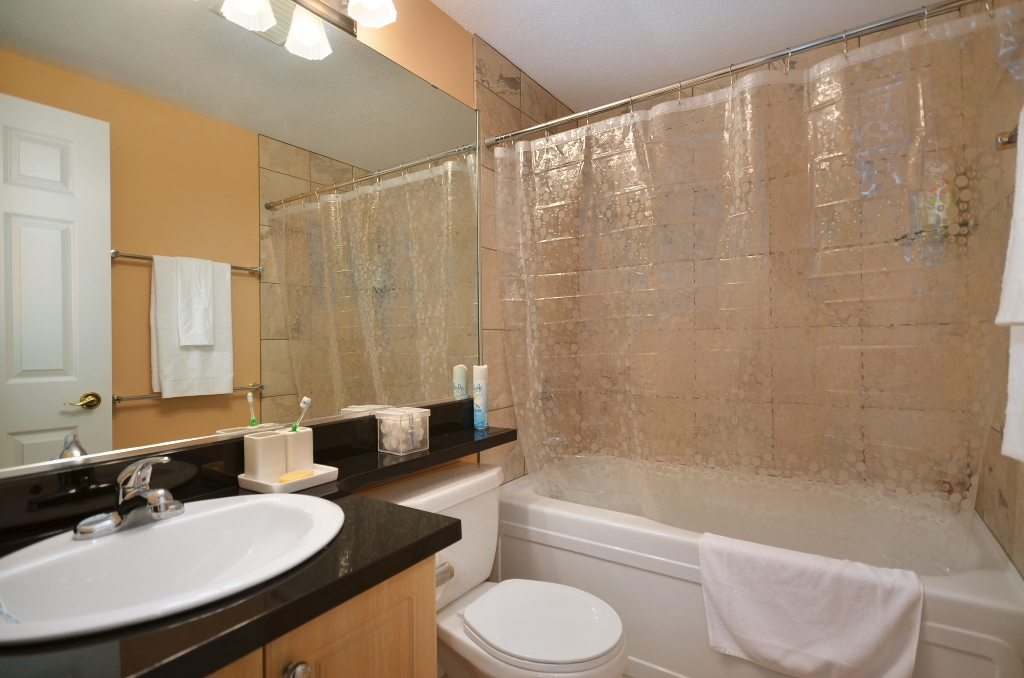 Photo 13: Photos: 201 3608 DEERCREST Drive in North Vancouver: Roche Point Condo for sale : MLS®# V966966