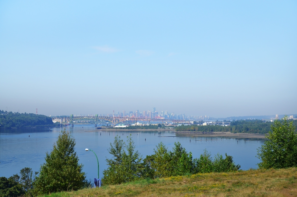 Photo 4: Photos: 201 3608 DEERCREST Drive in North Vancouver: Roche Point Condo for sale : MLS®# V966966
