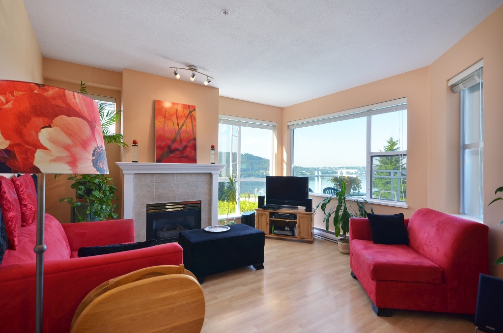 Photo 5: Photos: 201 3608 DEERCREST Drive in North Vancouver: Roche Point Condo for sale : MLS®# V966966