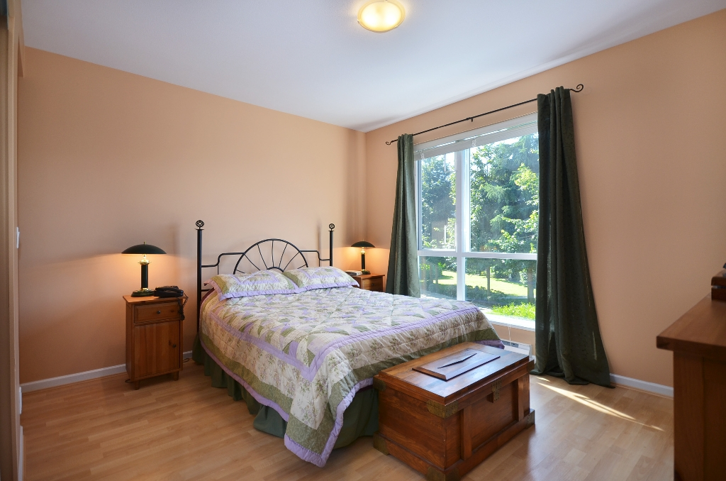 Photo 10: Photos: 201 3608 DEERCREST Drive in North Vancouver: Roche Point Condo for sale : MLS®# V966966