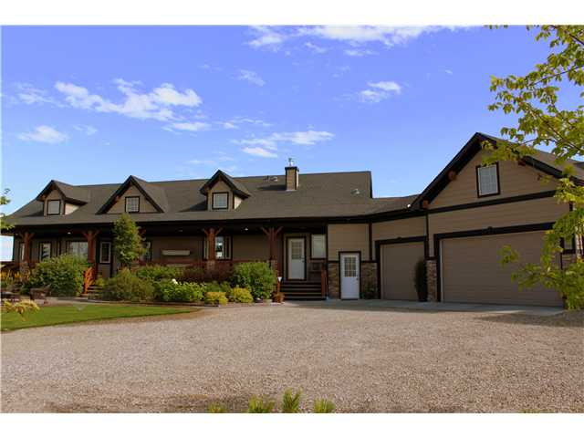 Main Photo: 88 RAVENCREST Drive in ALDERSYDE: Rural Foothills M.D. Residential Detached Single Family for sale : MLS(r) # C3582475