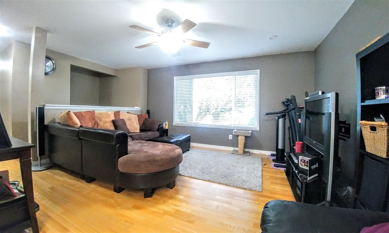 Photo 5: 26746 32A AVENUE in Langley: Aldergrove Langley House for sale : MLS(r) # R2118449