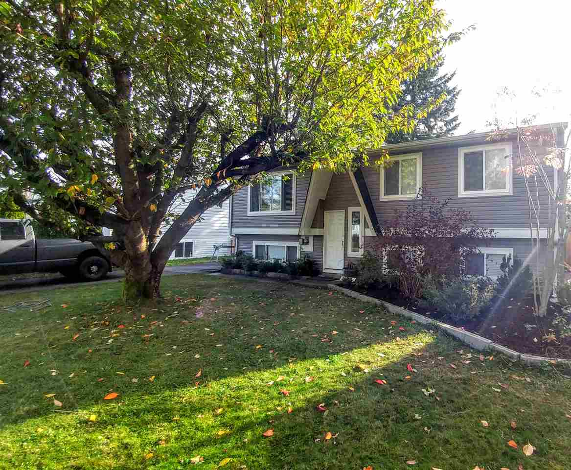 Photo 2: 26746 32A AVENUE in Langley: Aldergrove Langley House for sale : MLS(r) # R2118449