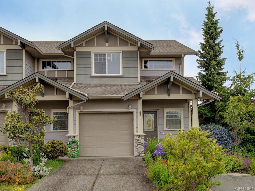 FEATURED LISTING: 1 - 3338 Whittier Ave Saanich