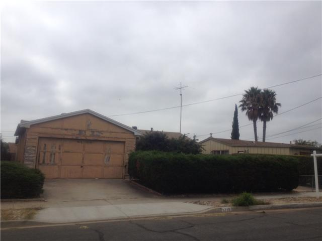 Main Photo: CLAIREMONT House for sale : 3 bedrooms : 6739 Barnhurst Drive in San Diego