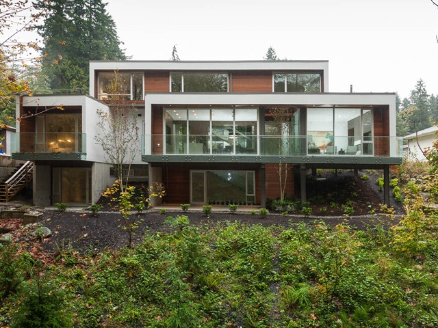 Main Photo: 2185 CAPILANO RD in North Vancouver: Pemberton NV House for sale : MLS® # V1091432