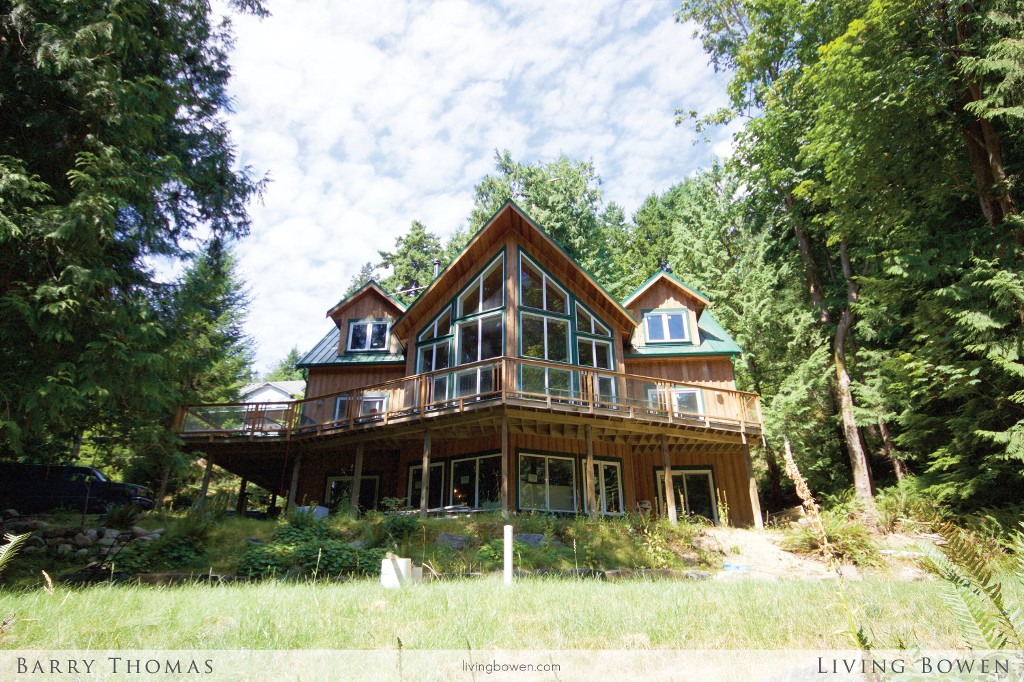 Main Photo: 1578 Old Eagle Cliff Road in Bowen Island: Eagle Cliff House for sale : MLS® # V1134426