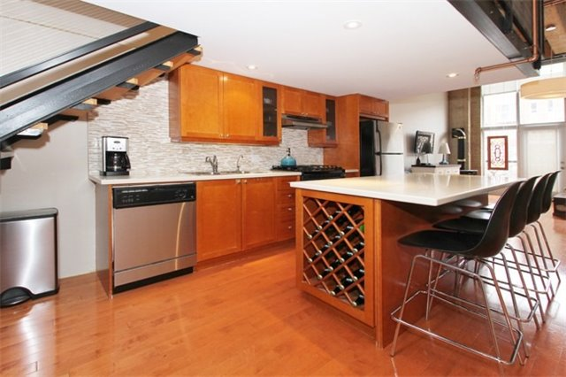 Photo 8: 371 Wallace Ave Unit #16 in Toronto: Dovercourt-Wallace Emerson-Junction Condo for sale (Toronto W02)  : MLS(r) # W3408556