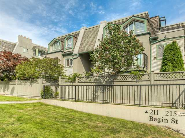 "Main Photo: 87 211 BEGIN Street in Coquitlam: Maillardville Townhouse for sale in ""FOUNTAIN BLEU"" : MLS® # V966076"