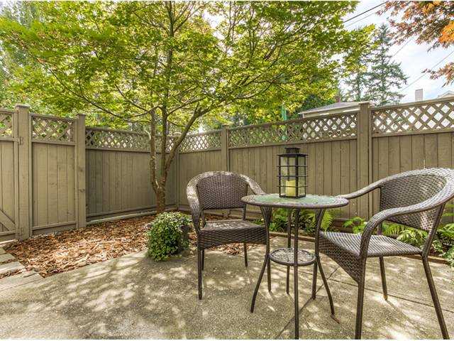 "Photo 8: 87 211 BEGIN Street in Coquitlam: Maillardville Townhouse for sale in ""FOUNTAIN BLEU"" : MLS® # V966076"